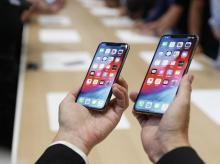 Apple, iPhone XS, XR