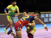 Pro Kabaddi 2018 LIVE: Patna Pirates take on Gujarat in today's 1st match