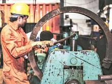 Industry has to compete on everything; tariff protection temporary: DIPP Secretary