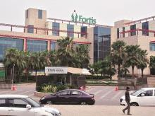 Fortis files suit to recover Rs 520 crore from Malvinder, Shivinder Singh