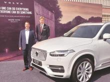 (From L to R): Charles Frump, MD, Volvo Car India, and HE Klas Molin, Swedish Ambassador to India at the Embassy of Sweden