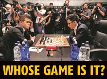 Magnus Carlsen (left) and Fabiano Caruana during the 2018 World Chess Championship in London