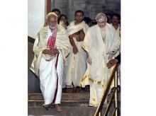 Modi with Governor of Kerala P Sathasivam at Sree Padmanabhaswamy Temple
