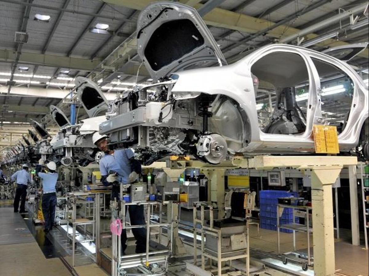 Auto sector workers seek govt intervention to prevent job