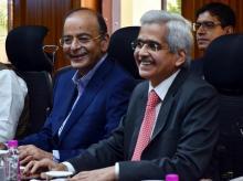Finance Minister Arun Jaitley and RBI Governor Shaktikanta Das   Photo: Sanjay Sharma