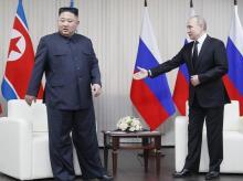 Russian President Vladimir Putin welcomes North Korea's leader Kim Jong Un before their one-one-one talks in Vladivostok, Russia, Thursday, April 25, 2019. | AP/PTI