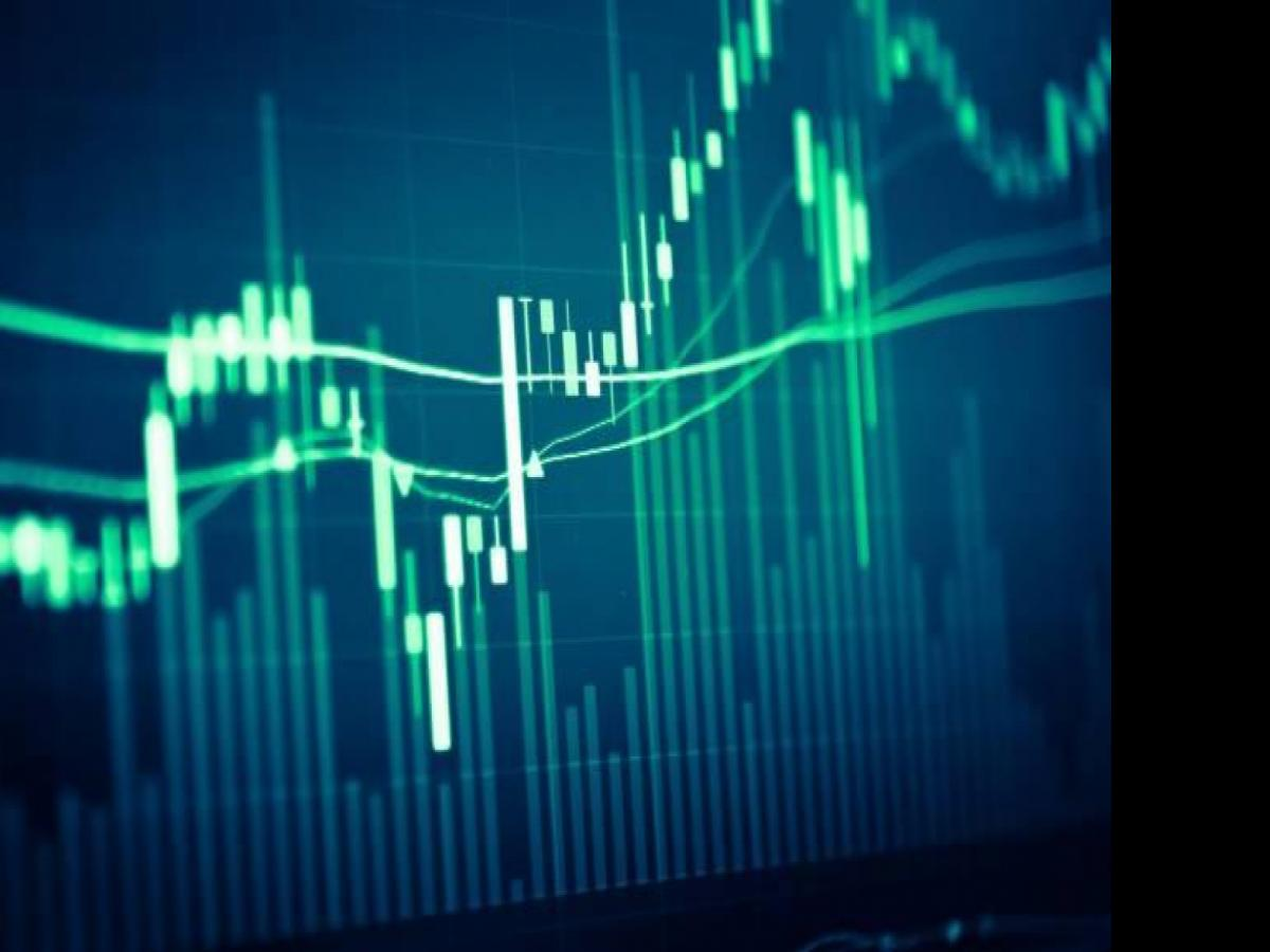 How to measure and interpret implied volatility for trading options