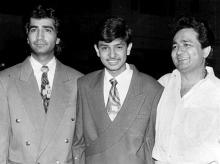 A young Bhushan Kumar (middle) with his late father Gulshan Kumar (right)