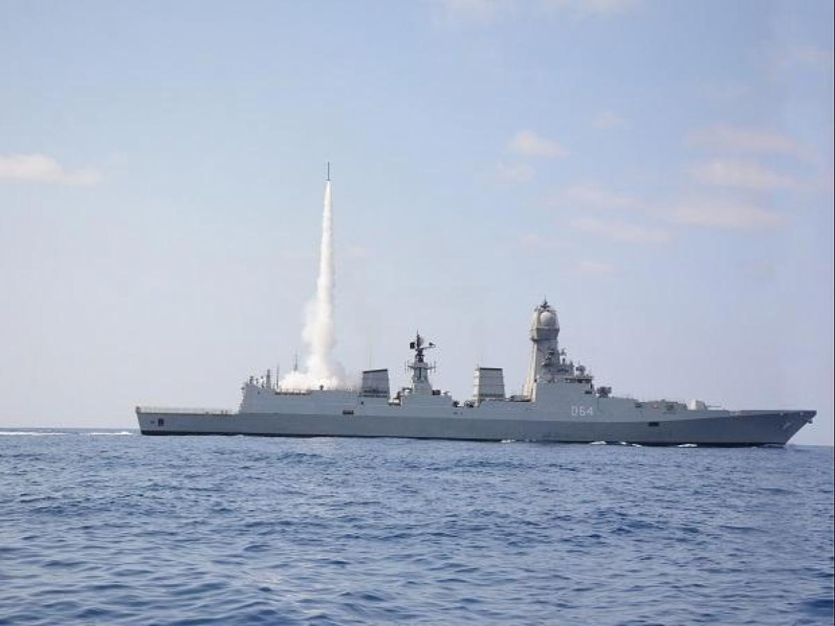New surface-to-air missile technology reduces radar signature of