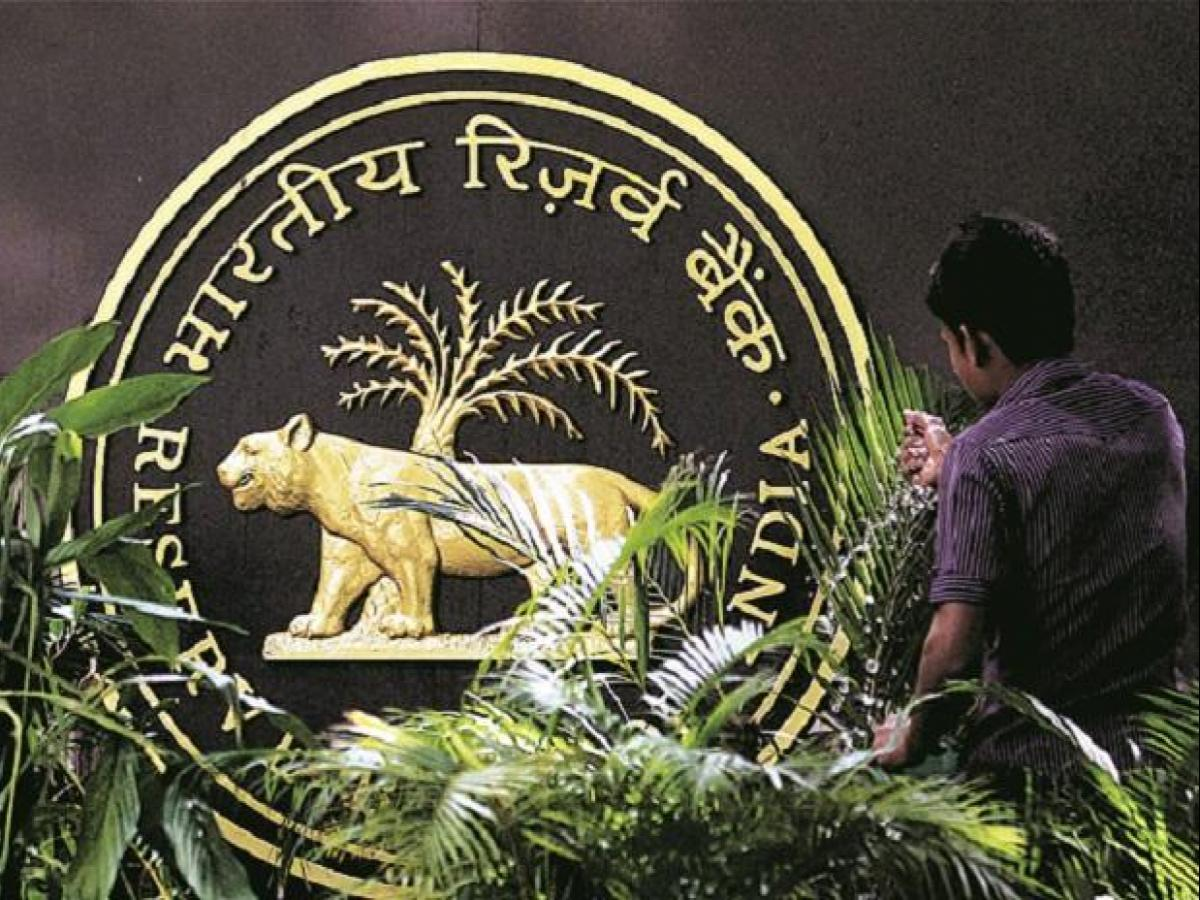 RBI enters top-10 list of gold holders with 52 3-tonne