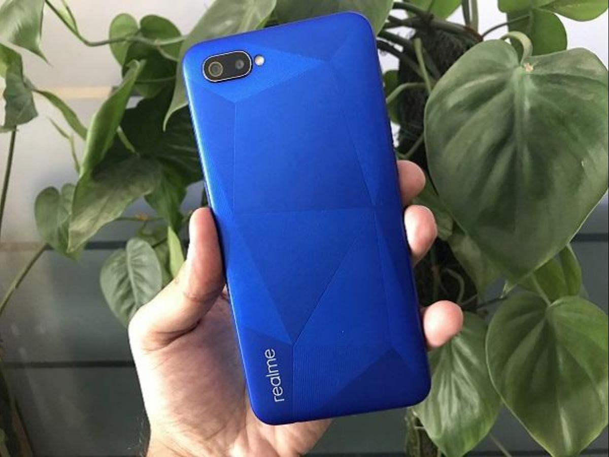 Realme C2 review: Smudge free design and good battery makes