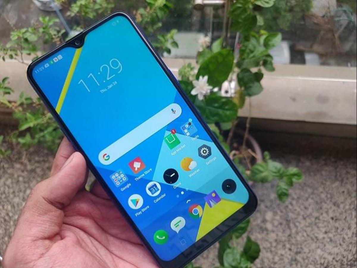 Realme 3i: Affordable smartphone with smudge free design, good