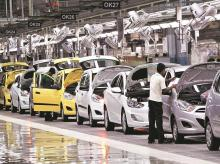 Auto sales in August to be 'far worse' than July, analysts expect 30% fall