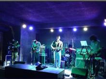 band, live music