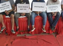 New Delhi: Members of Association of Vapers India stage a protest against e-cigarette ban in New Delhi, Saturday, Sept. 28, 2019.  (PTI Photo/Ravi Choudhary)