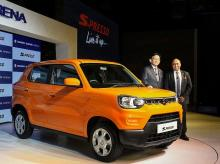 New Delhi: Kenichi Ayukawa, Managing Director and CEO at Maruti Suzuki India, along with Shashank Srivastava, Executive Director, Sales and Marketing, Maruti Suzuki India, during the launch of Maruti Suzuki S-Presso, in New Delhi, Monday, Sept. 30