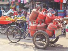 ujjwala, PMUY, CYLINDERS, GAS, LPG, CONNECTION, COOKING GAS
