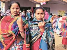 JHARKHAND, ELECTIONS, VOTING, VOTERS, VOTE, POLLING, BOOTH, ELECTION, WOMEN, TURNOUT
