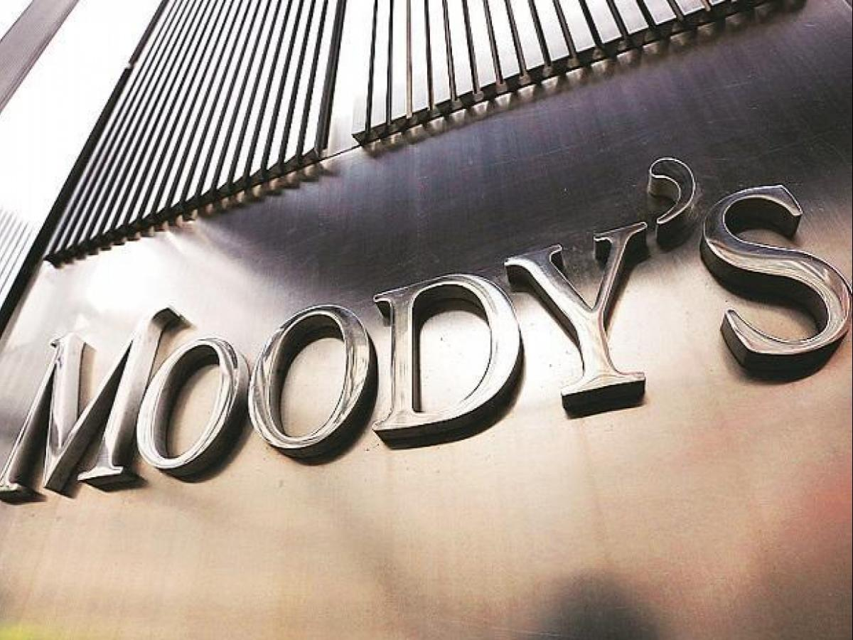 Global recession likely if COVID-19 becomes pandemic: Moody's Analytics   Business Standard News