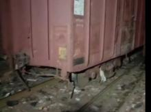 derailed goods train in kurla