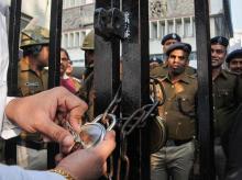 Govt incarcerating activists, academics: Arundhati Roy on DU prof's arrest