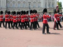 buckingham palace, change of guard