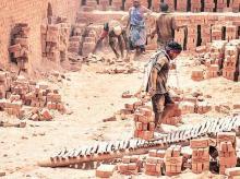 Migrants, labourers, construction