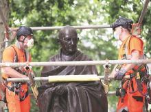 Mahatma Gandhi, London, Racism, black lives, african-american, statue