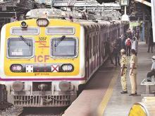 local trains, railways, mumbai, platform, suburban, locals