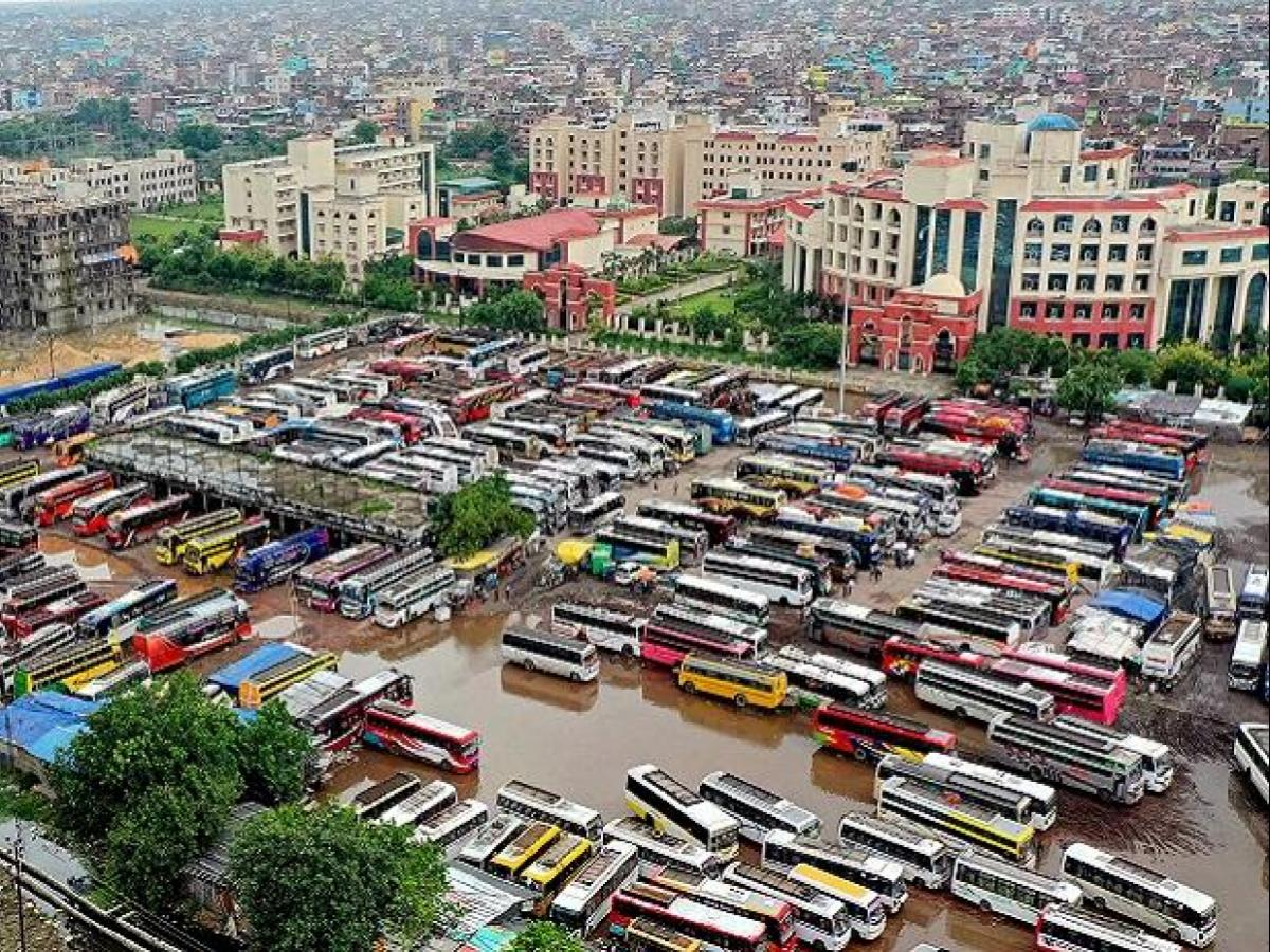 After 170 Days Intra State Public Transport Resumes In Tamil Nadu Business Standard News