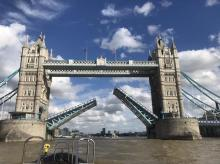 London Tower bridge gets stuck