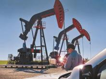 Goldman expects Brent oil prices to reach $65 per barrel in summer 2021
