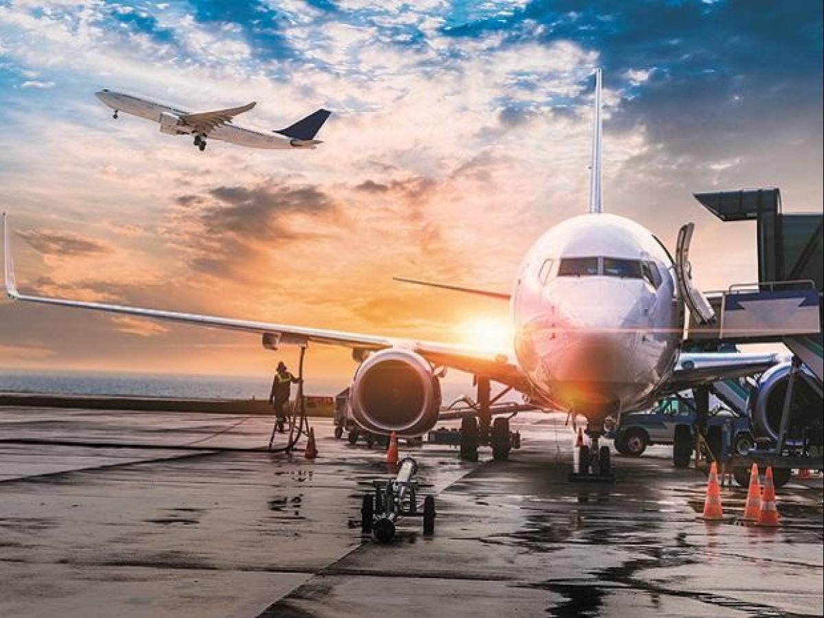 Covid-19: Canada extends flight ban from India and Pakistan until June 21   Business Standard News