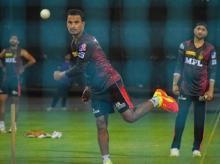 Kolkata Knight Riders, KKR, Harbhajan Singh, Pawan Negi