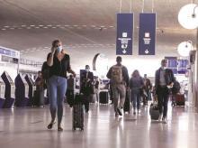 Expats, travel, tourism, air travel