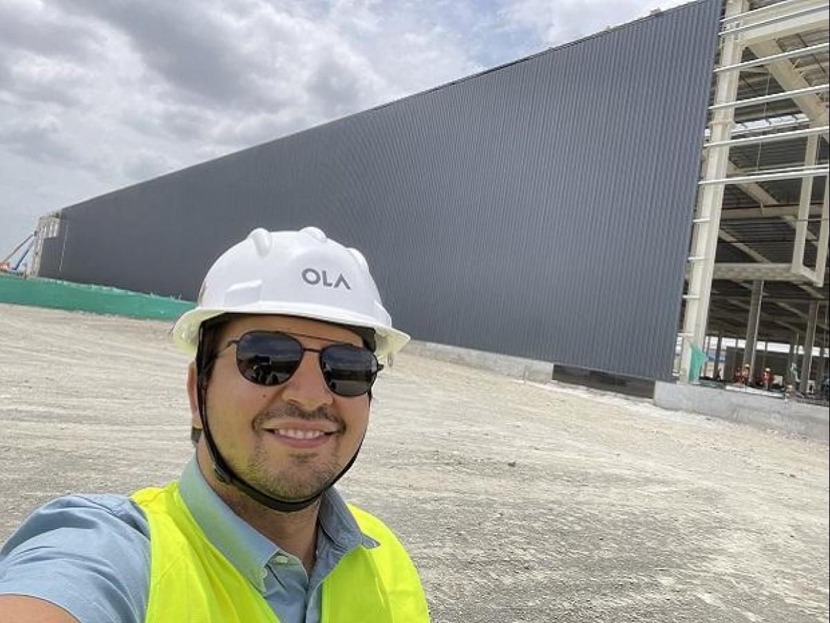 ola electric raises $100-million long-term debt to build mega factory   business standard news