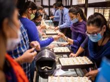 Customers, gold, Dhanteras, jewellery