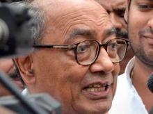 Govt enjoying majority gained by Atal-Advani efforts: Digvijay Singh